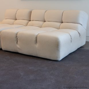 B&BItalia Tufty time white sofa