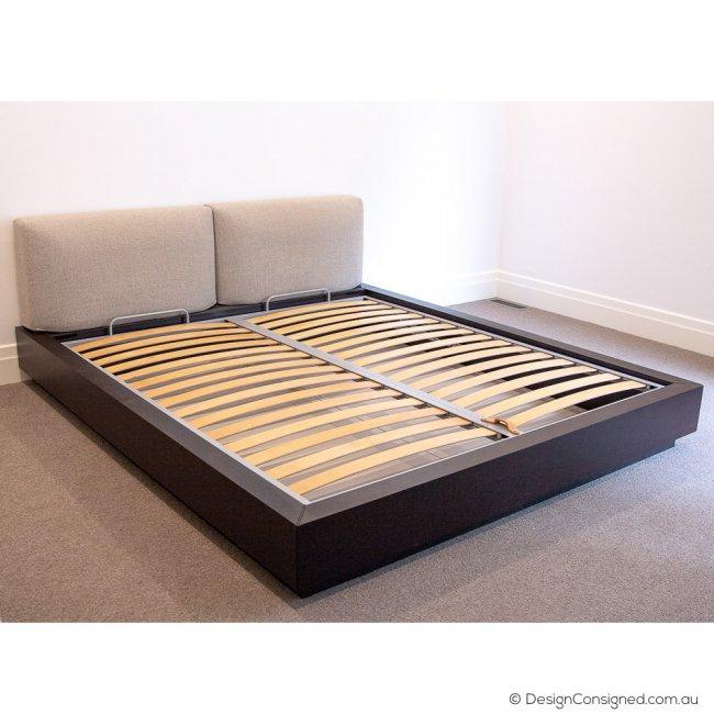 Poliform KS designer bed