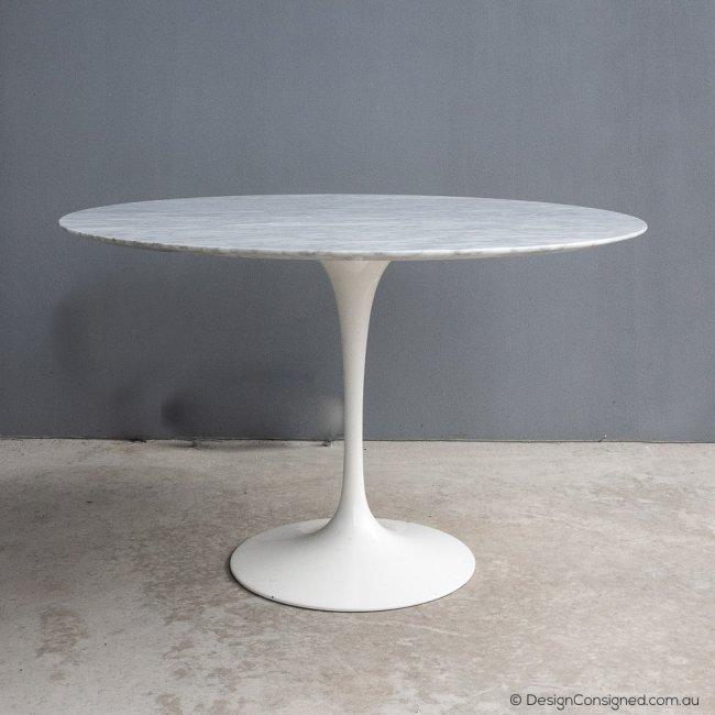 knoll marble tulip table by Eero Saarinen