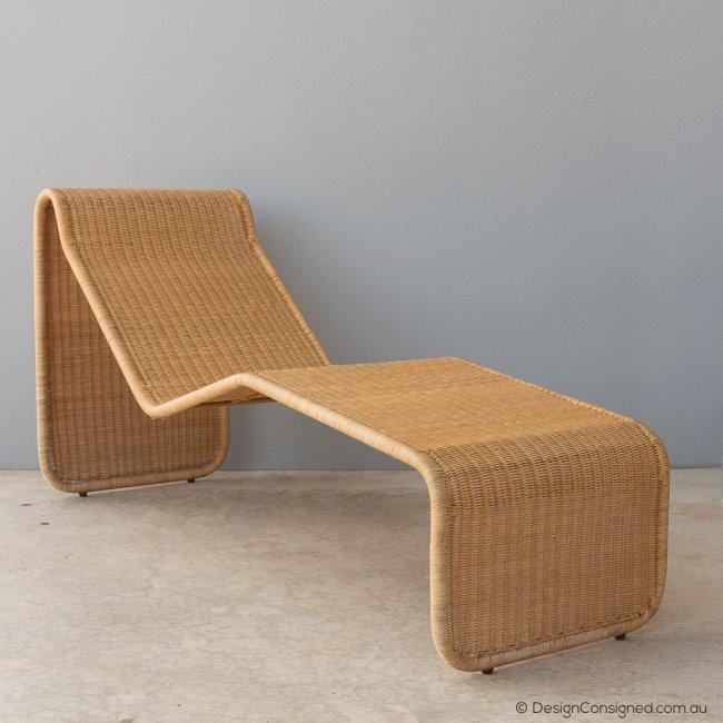 Wicker chaise lounge by Tito Agnoli