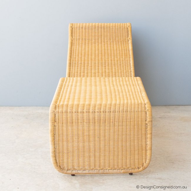 vintage cane chaise lounge by Tito Agnoli