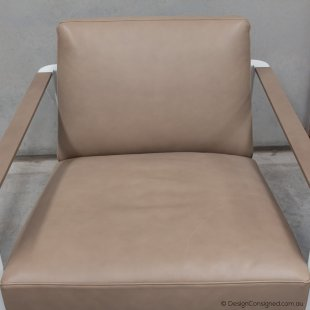 Gaston leather lounge chair