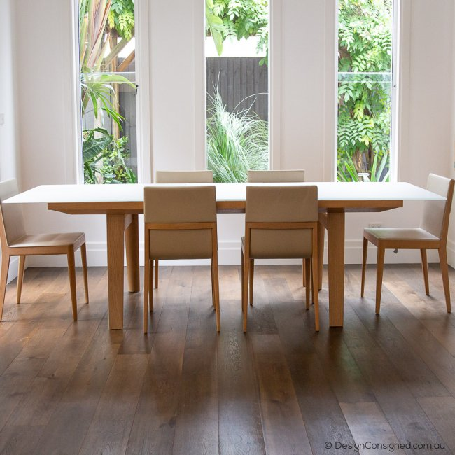 Hans glass extension table