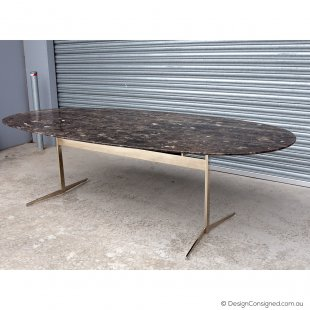 Flexform Fly marble dining table