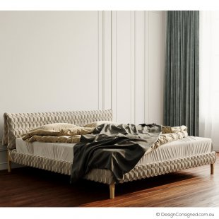 ruche bed by inga sempe for Ligne Roset