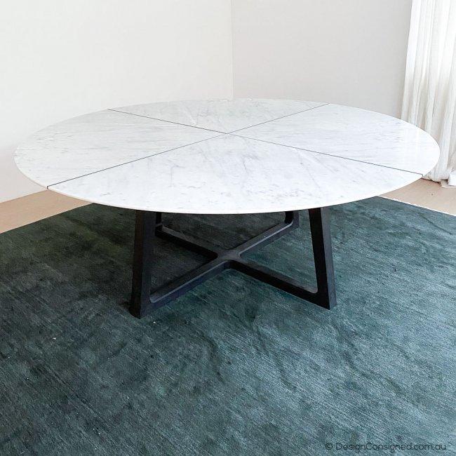 poliform concorde dining table by Emmanuel Gallina