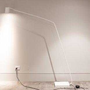 ET white floor lamp by spHaus