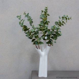 Roseau vase by Noe Duchaufour-Lawrance for ligne roset